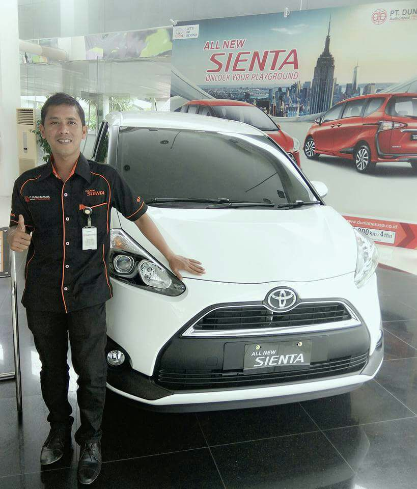 Sales Marketing Mobil Dealer Toyota Aceh Asyari