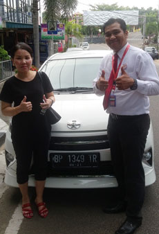 sales-marketing-mobil-dealer-toyota-tanjung-pinang-doni